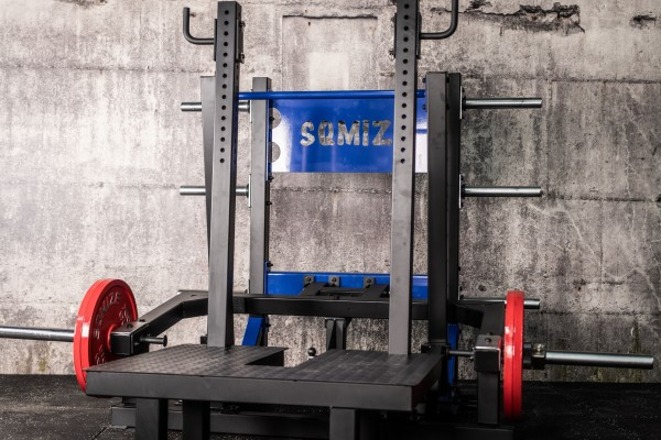 Belt Squat Machine SQMIZE® BS2800 Gym Series